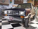 1985 Ford Bronco 4x4 Off Road Vehicle Pickup Truck Classic Vehicle