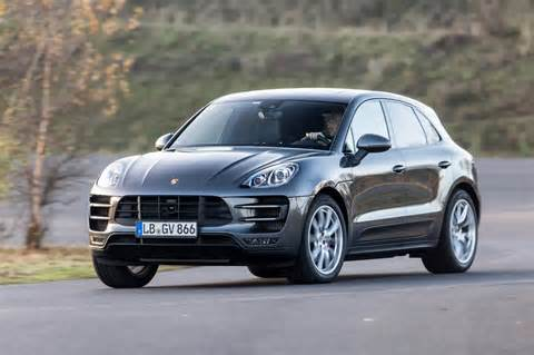 2014 Porsche Macan Photos